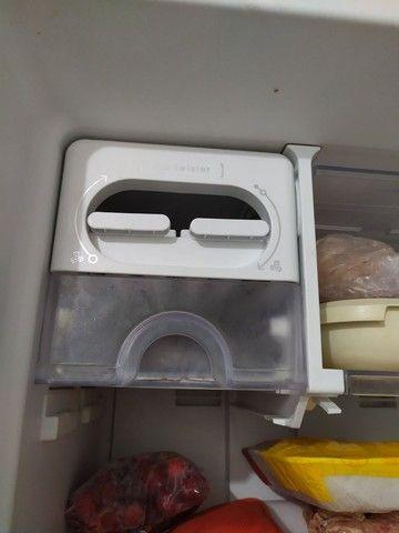 Refrigerador Electrolux Frost Free TF51 2 Portas Branco ? 433 Litros - Foto 2