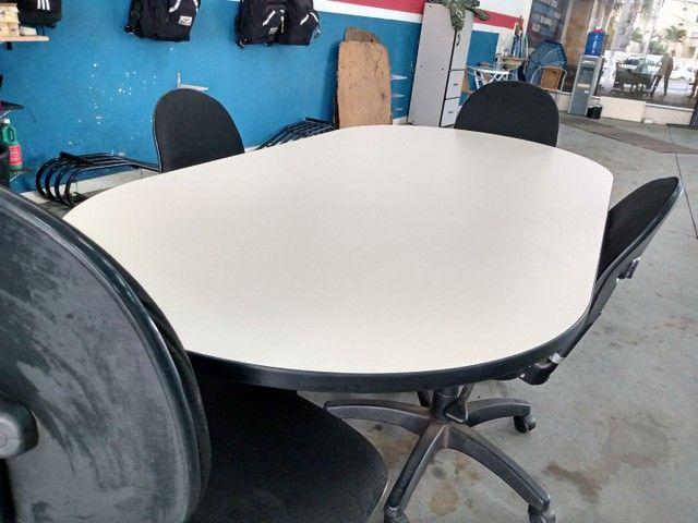 Bancada de trabalho / mesa de reunião com 4 cadeiras - Foto 3