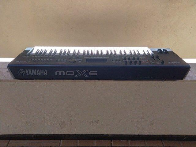 Teclado Yamaha mox6 bem conservado - Foto 2
