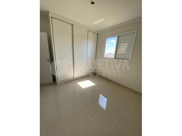 Apartamento para alugar com 3 dormitórios em Carajas, Uberlandia cod:470340 - Foto 16
