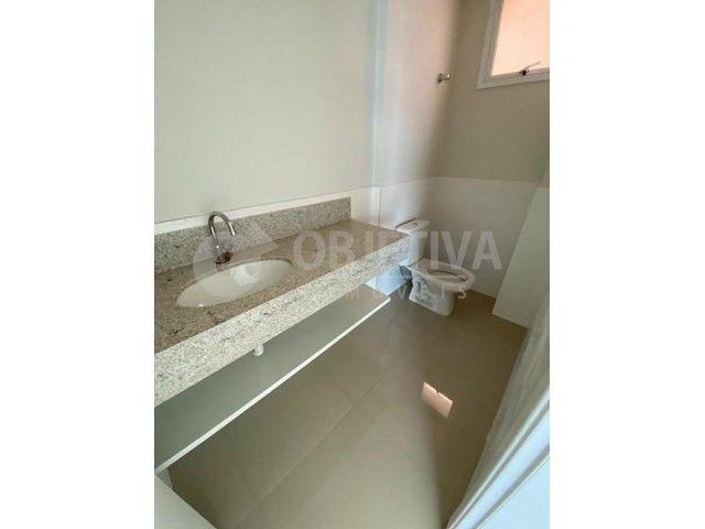 Apartamento para alugar com 3 dormitórios em Carajas, Uberlandia cod:470340 - Foto 12