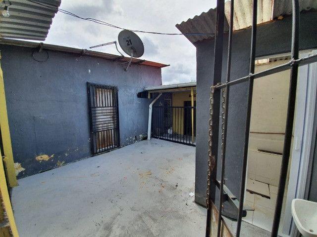 Vendo ou Troco casa com ponto comercial - Foto 6