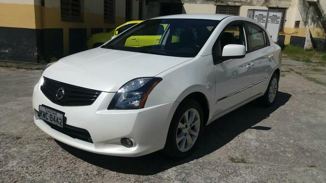 nissan sentra special edition 2 0 autom tico 2013 2013. Black Bedroom Furniture Sets. Home Design Ideas