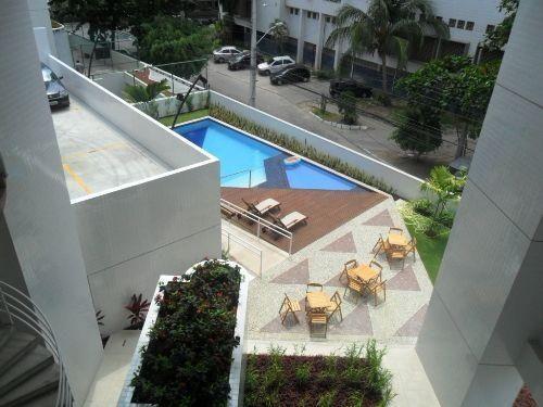 Apartamento Mobiliado com Um Quarto, Edf. Felicitá Prince, Bairro de Boa Viagem, Recife-PE