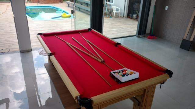 Mesa de Bilhar Maciça Cor Cerejeira Tecido Vermelho Pés Laterais Modelo THG4589 - Foto 2