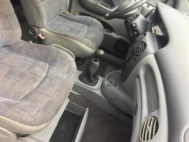 Renault Scenic 2003 1.6 completa - Foto 8
