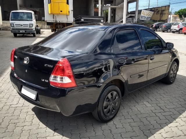 Toyota Etios 2013 - Foto 2