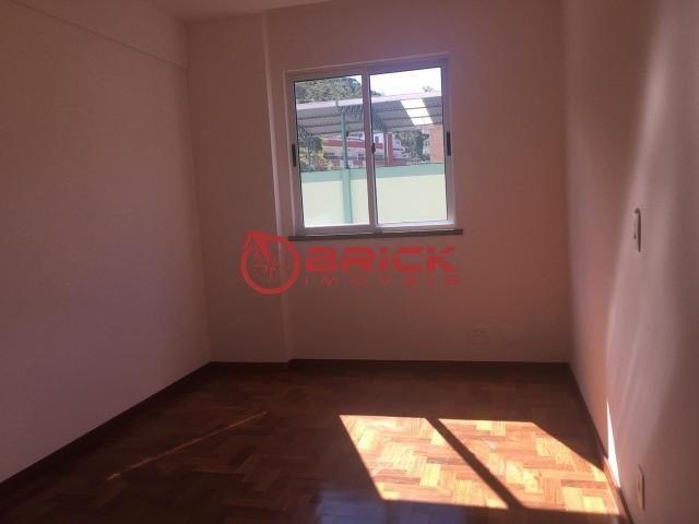 Ótimo apartamento com 3 quartos sendo 1 suíte no bairro Tijuca - Foto 11