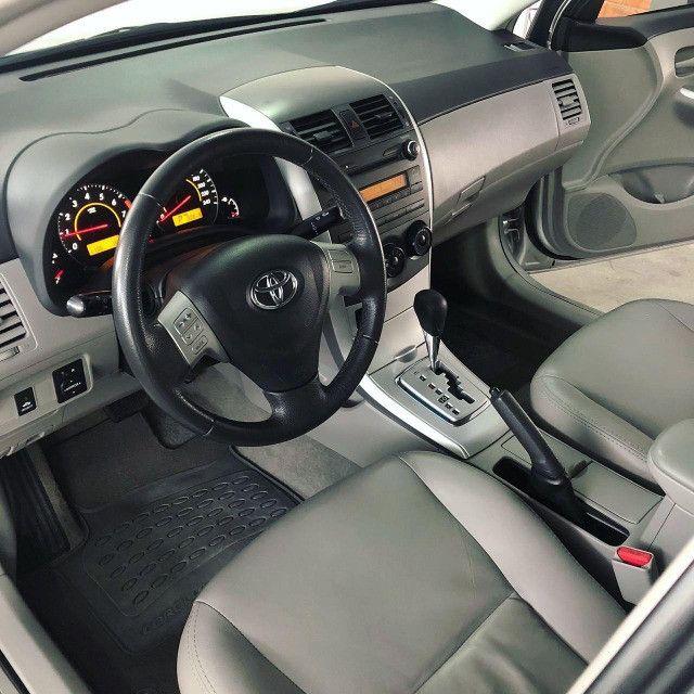Toyota Corolla GLI 1.8 Automatico 2014 - Foto 8