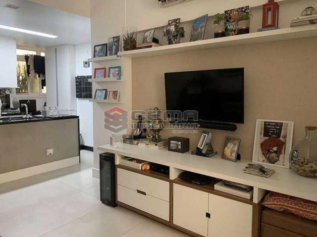 Apartamento à venda com 2 dormitórios em Flamengo, Rio de janeiro cod:LAAP24661 - Foto 2