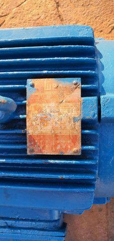 Motobomba Weg 7,5 cv - Foto 2