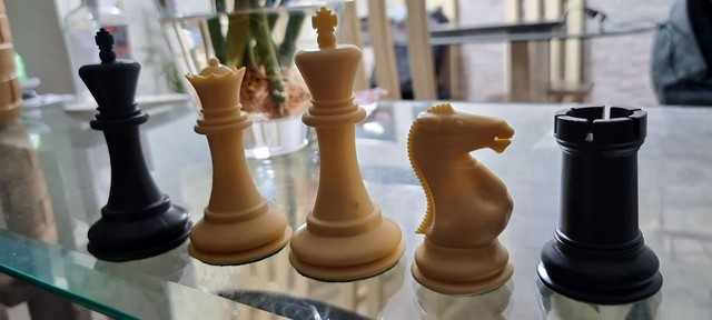 Peças de xadrez Staunton lindas