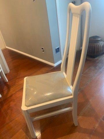 Mesa madeira com 8 cadeiras - Foto 5