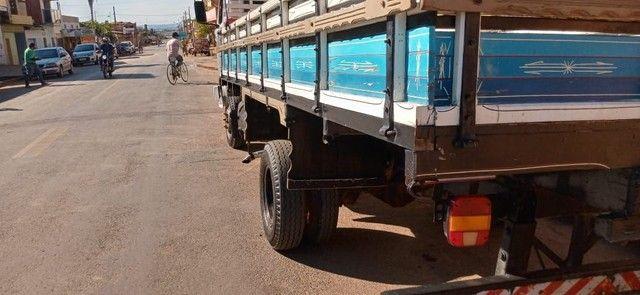 Caminhão 6.90    43,000 - Foto 3