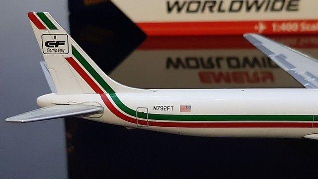 Miniatura avião<br> Emery worldwide <br>escala 1.400 gemini jets - Foto 3
