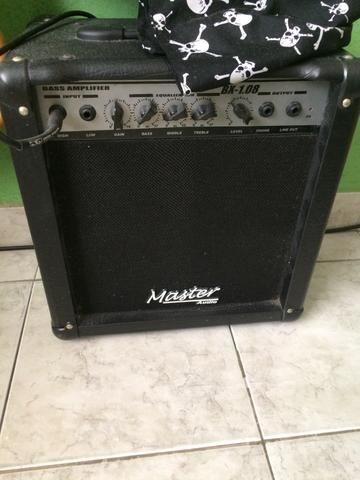 Amplificador Master contra baixo