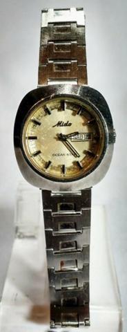 b553f8e27d5 Antigo relógio de pulso suíço