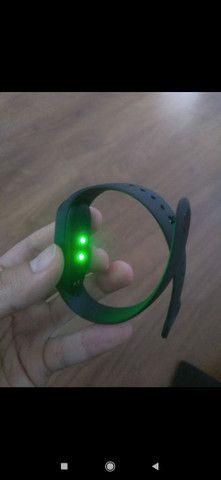 Relógio Inteligente smartwatch Xioami Mi Band 5 - Foto 2