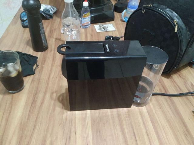 Máquina de Café Nespresso Essenza<br><br> - Foto 4