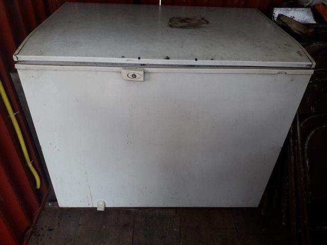 Vende-se treiler  completo food trunk+ um freezer  - Foto 5