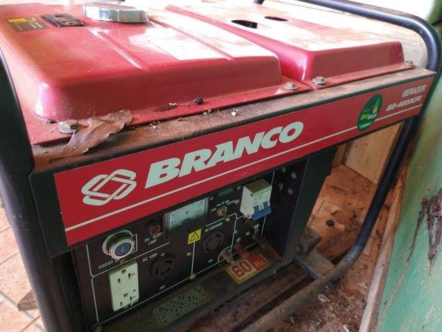 Gerador à Diesel 3,3Kva 110/220V BD 4000E Partida Elétrica - BRANCO- * - Foto 3