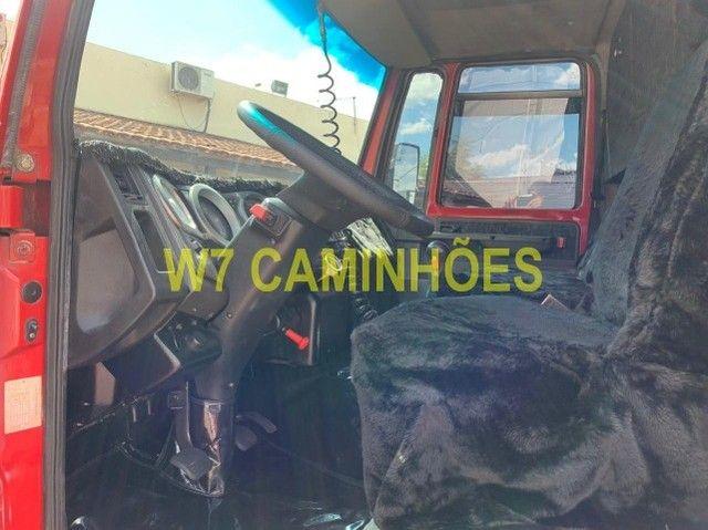 Cargo 2428 Truck Graneleiro 2010/2011 - Foto 7