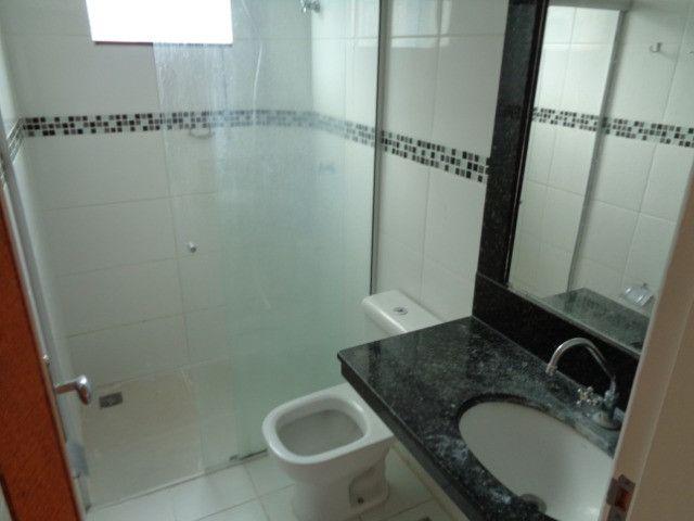 Apartamento com 2 quartos, 60 m², aluguel por R$ 900/mês - Foto 7