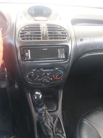 Vendo Peugeot 206 ano 2000 valor 7.990 - Foto 5