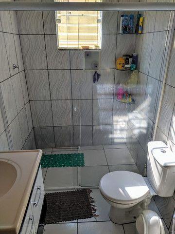Vende-se excelente casa no Bairro Candelária com bom terreno - Foto 12