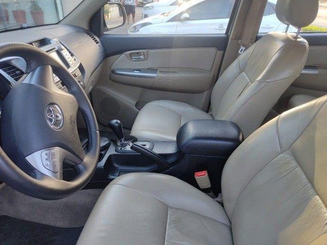Toyota Hylux SW4 SR 5 Lugares Flex Automática  - Foto 13