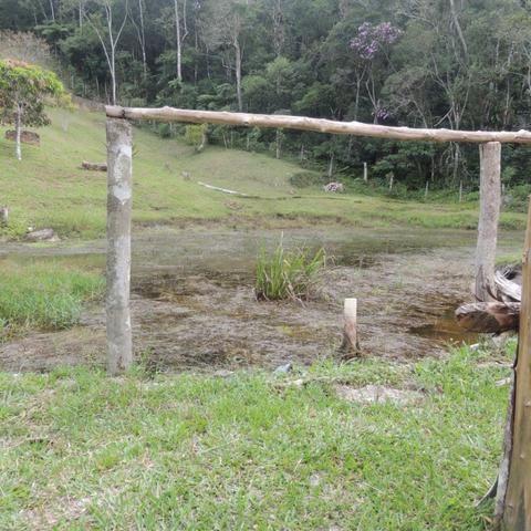 Chacara com piscina e lago - Foto 13