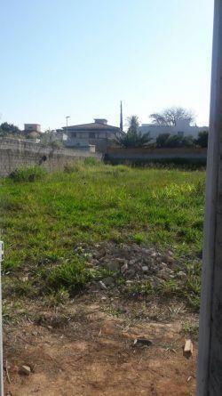 Lote plano,muradao com 981m2 Ótima localização do bairro bandeirantes