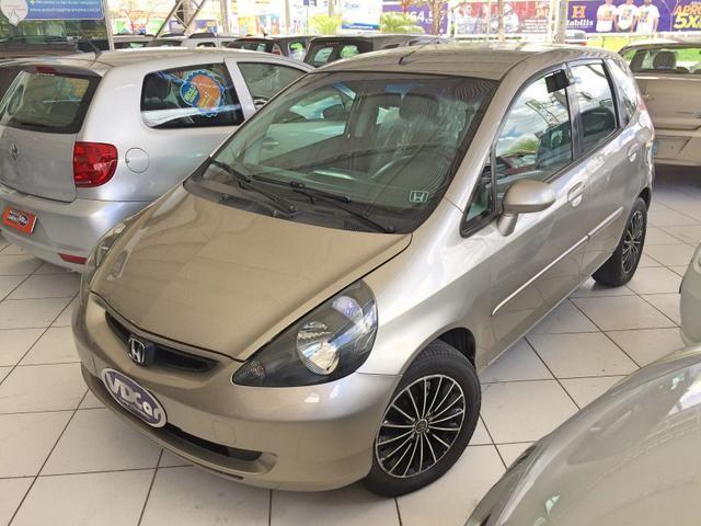 Honda Fit Lx 2006