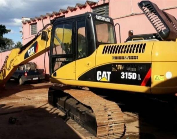 Escavadeira Cat 135 DL
