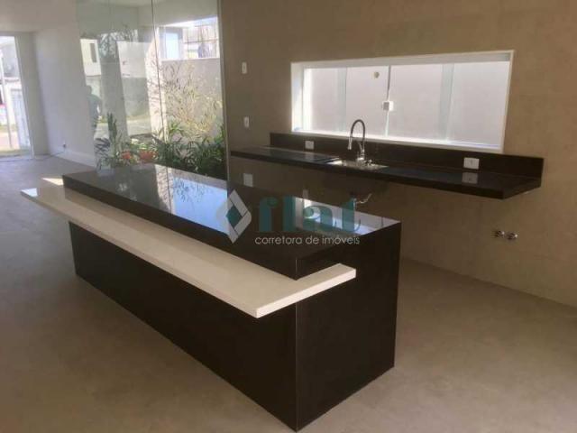 Casa de condomínio à venda com 4 dormitórios cod:FLCN40047 - Foto 14