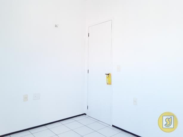 Apartamento para alugar com 2 dormitórios em Curio, Fortaleza cod:50078 - Foto 17