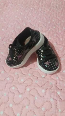 Roupas de menina M/ G 1ano / calçados tbm - Foto 3