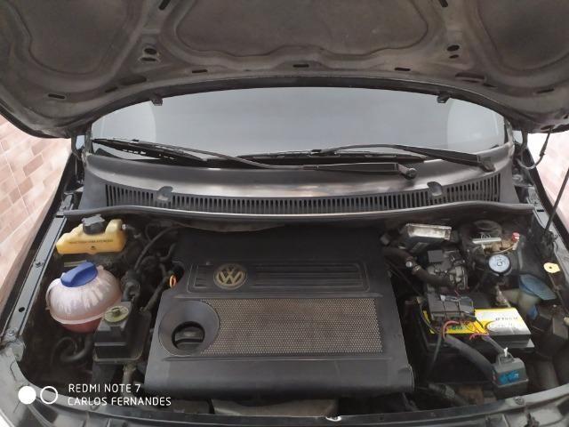 Vendo VW Fox 1.6 2005 4p Flex/GNV com ar/dh/trava - Foto 7