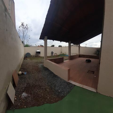 Casa de lote inteiro próximo ao Jardins Madri - Foto 3