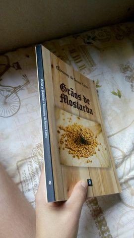 Livros - Foto 2