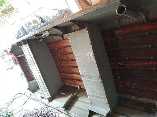 Barco de alumínio 5 metro e meio com motor seme novo - Foto 3