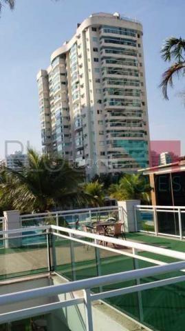 Apartamento à venda com 2 dormitórios em Barra da tijuca, Rio de janeiro cod:RCAP20716