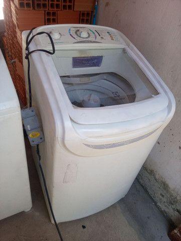 Vendo máquina de lavar eletrolux 10kg - Foto 2