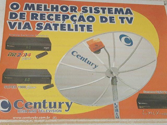 Antena Parabólica  1,90m com aparelho digital - Foto 2