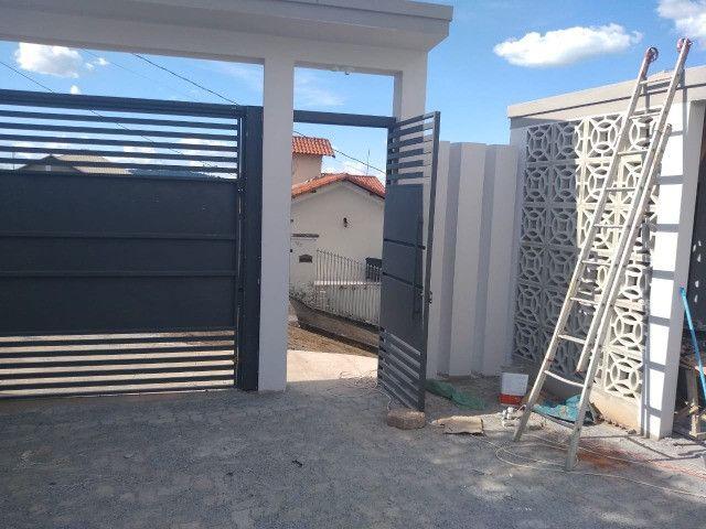 Vendo - Apartamentos de dois dormitórios, a 1 km do centro de São Lourenço/MG - Foto 2