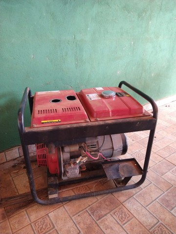 Gerador à Diesel 3,3Kva 110/220V BD 4000E Partida Elétrica - BRANCO- * - Foto 4