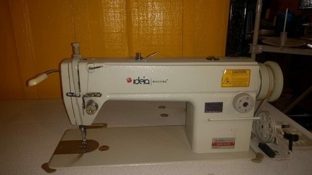 Máquina de costura Reta industrial 2,000