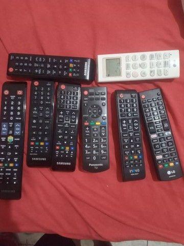 Vendo controles originais de tv e ar condicionado