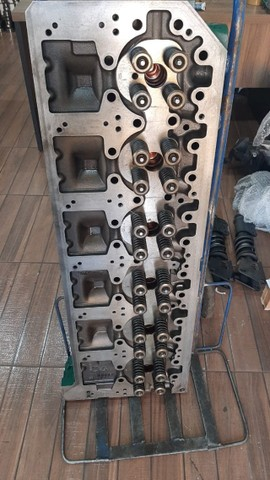 Cabeçote do motor volvo fh d12 revisado
