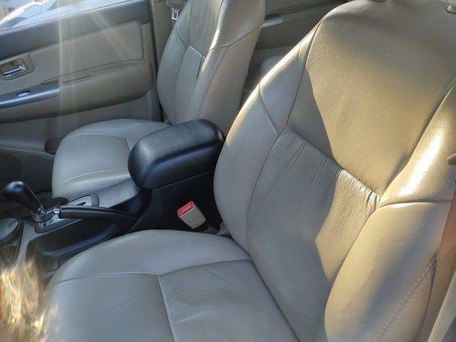 Toyota Hylux SW4 SR 5 Lugares Flex Automática  - Foto 14